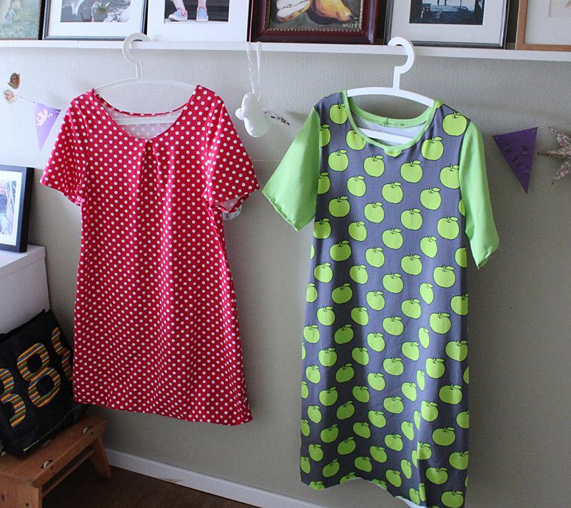 Båda klänningarna