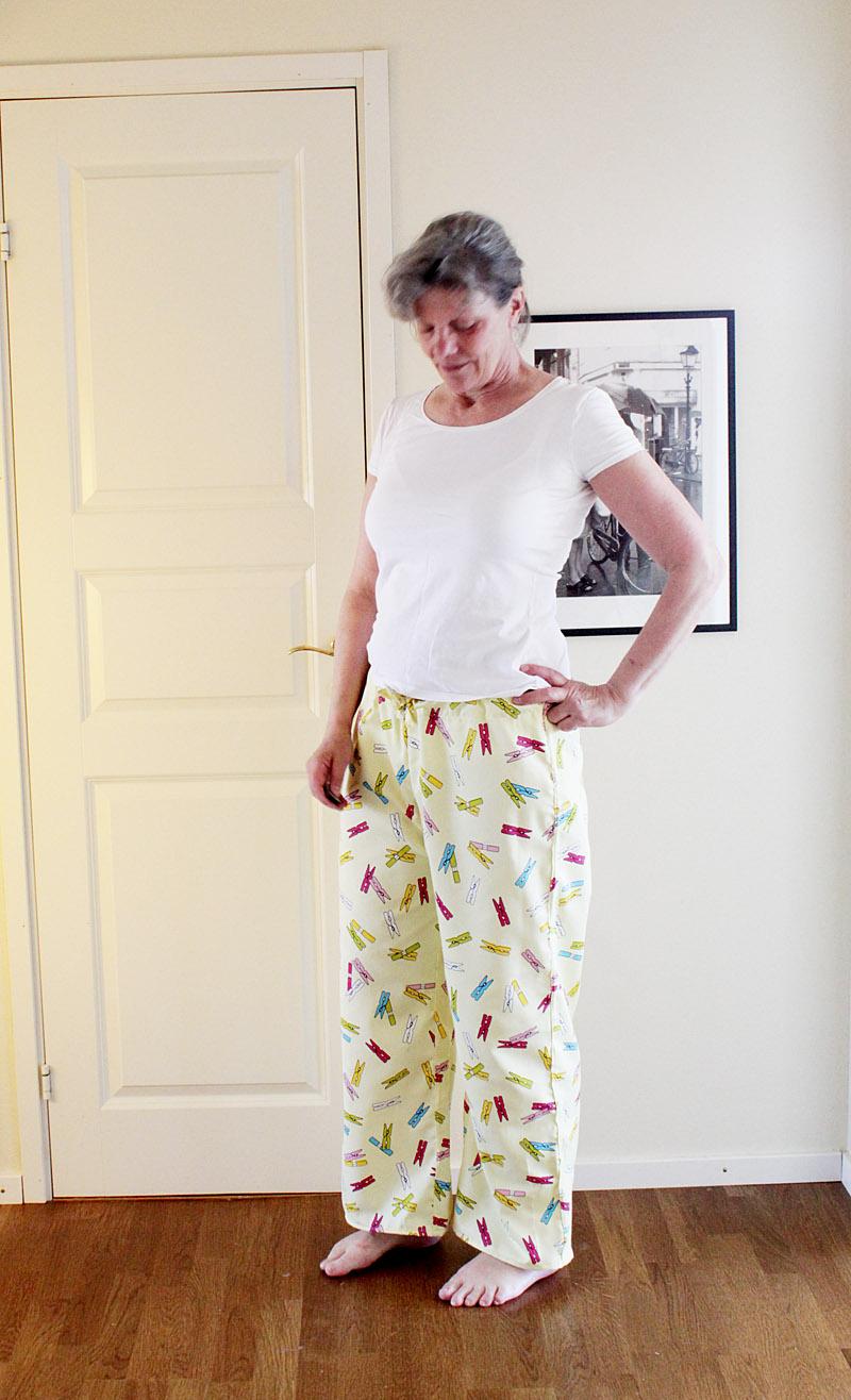 Pyjamasbyxorna klara