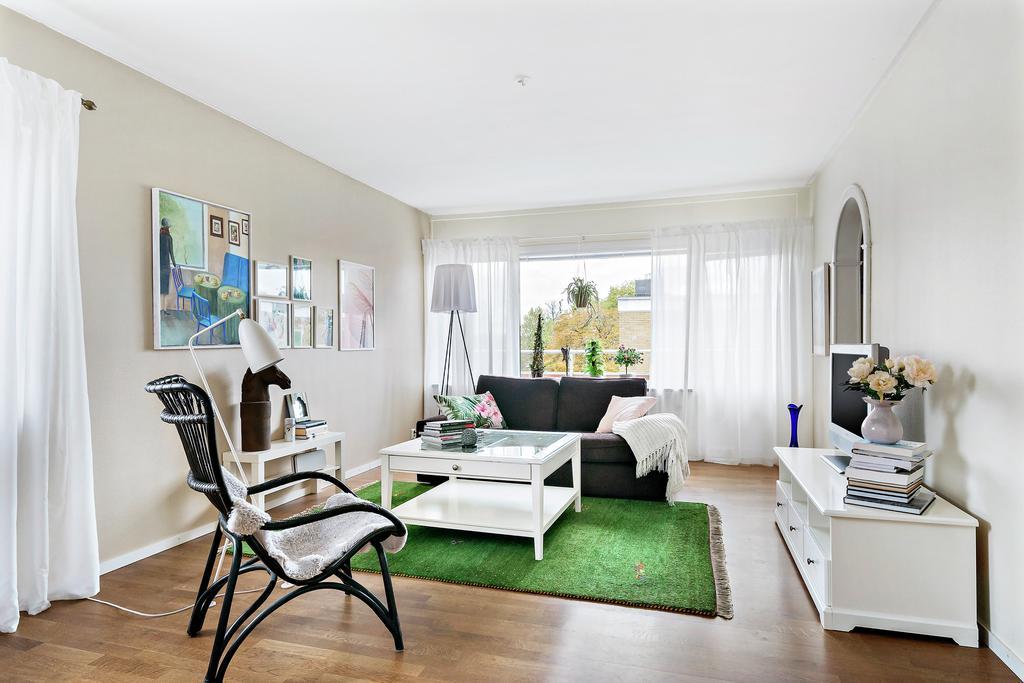 Mitt vardagsrum - nu är lägenheten till salu!